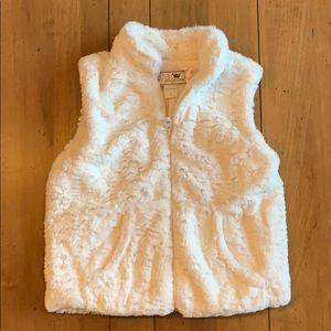 Widgeon Jackets & Coats - NWT! Widgeon - Faux Fur Vest - 4T